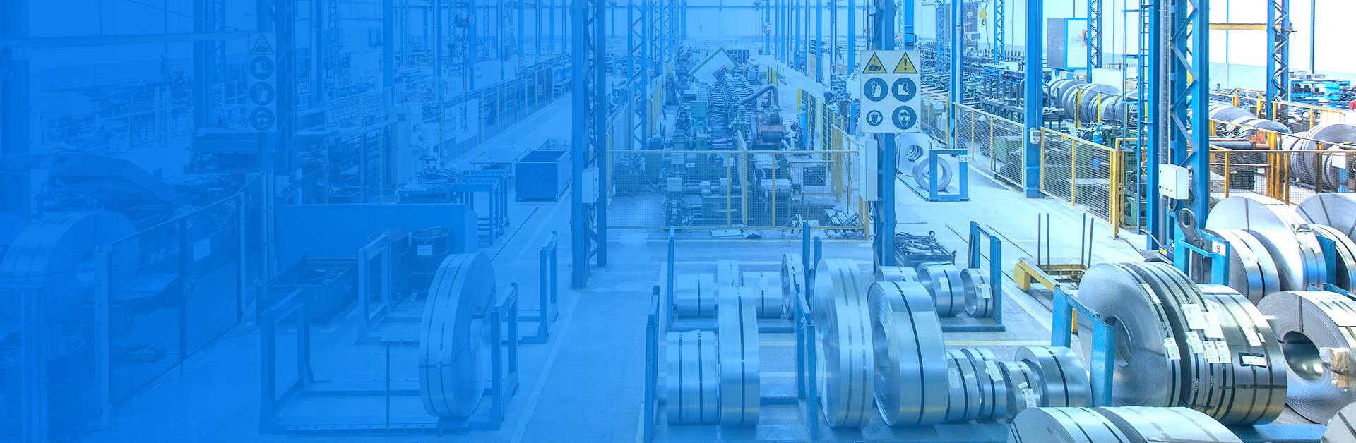 Foto de header para sección de contacto, de Brausa, fabricante de perfiles de acero conformado en frío