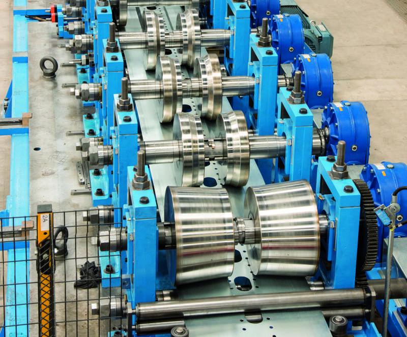 Foto de rodillos de máquina de producción de perfiles de acero conformados en frío de Brausa